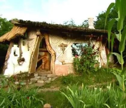 casa din chirpici ca in neolitic