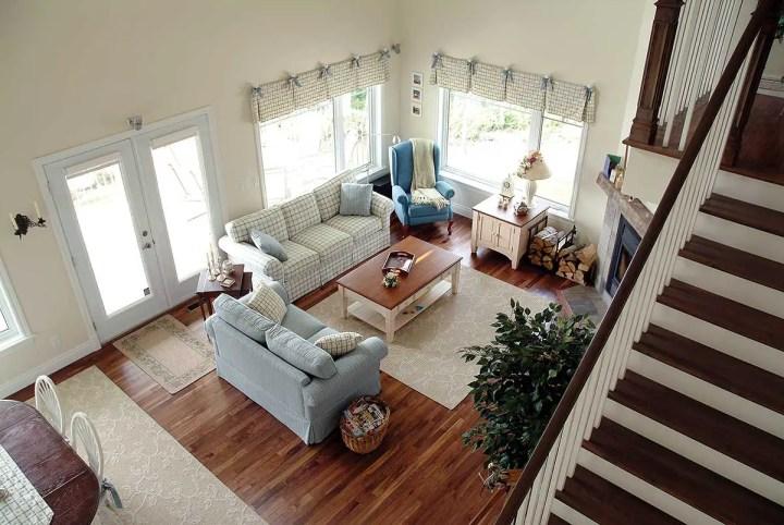 case de vis pe terenuri mici 1 interior sufragerie