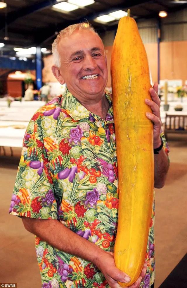 cele mai mari fructe si legume din lume castravete
