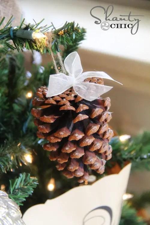 decoratiuni de iarna din conuri de brad ornamente pom