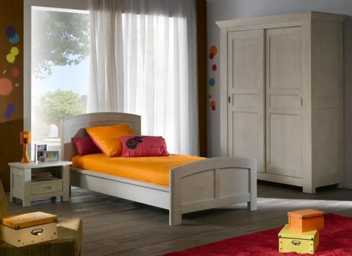 mobilier din lemn masiv pentru dormitor 7
