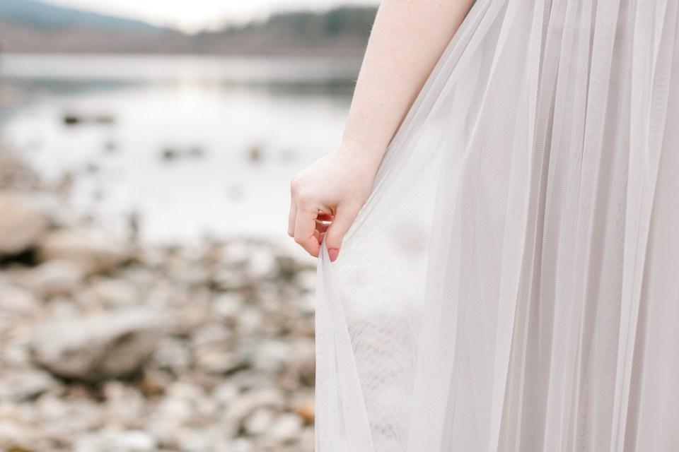 Rattlesnake Lake Maternity Session | Cassandra Shiree Photography