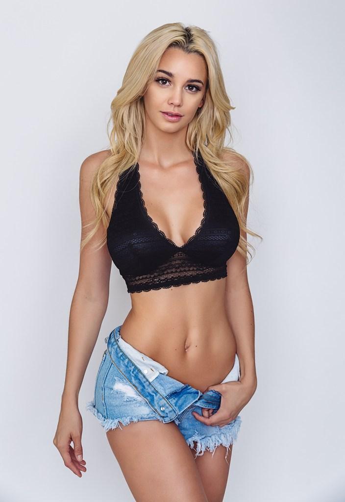 Caitlin Arnett Encinitas