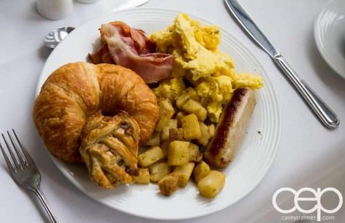 Viamede Resort & Dining — 1885 — Breakfast