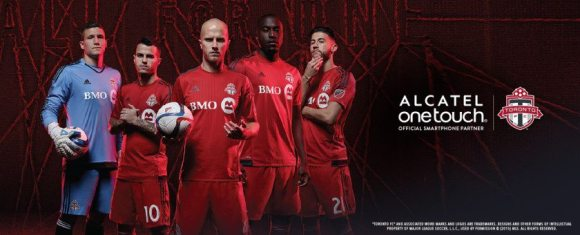 A Case Cringle Christmas, Day 1—Keep Your Phone Game on Fleek with the Alcatel onetouch Idol 3—Official Alcatel onetouch x Toronto FC Advertising Image