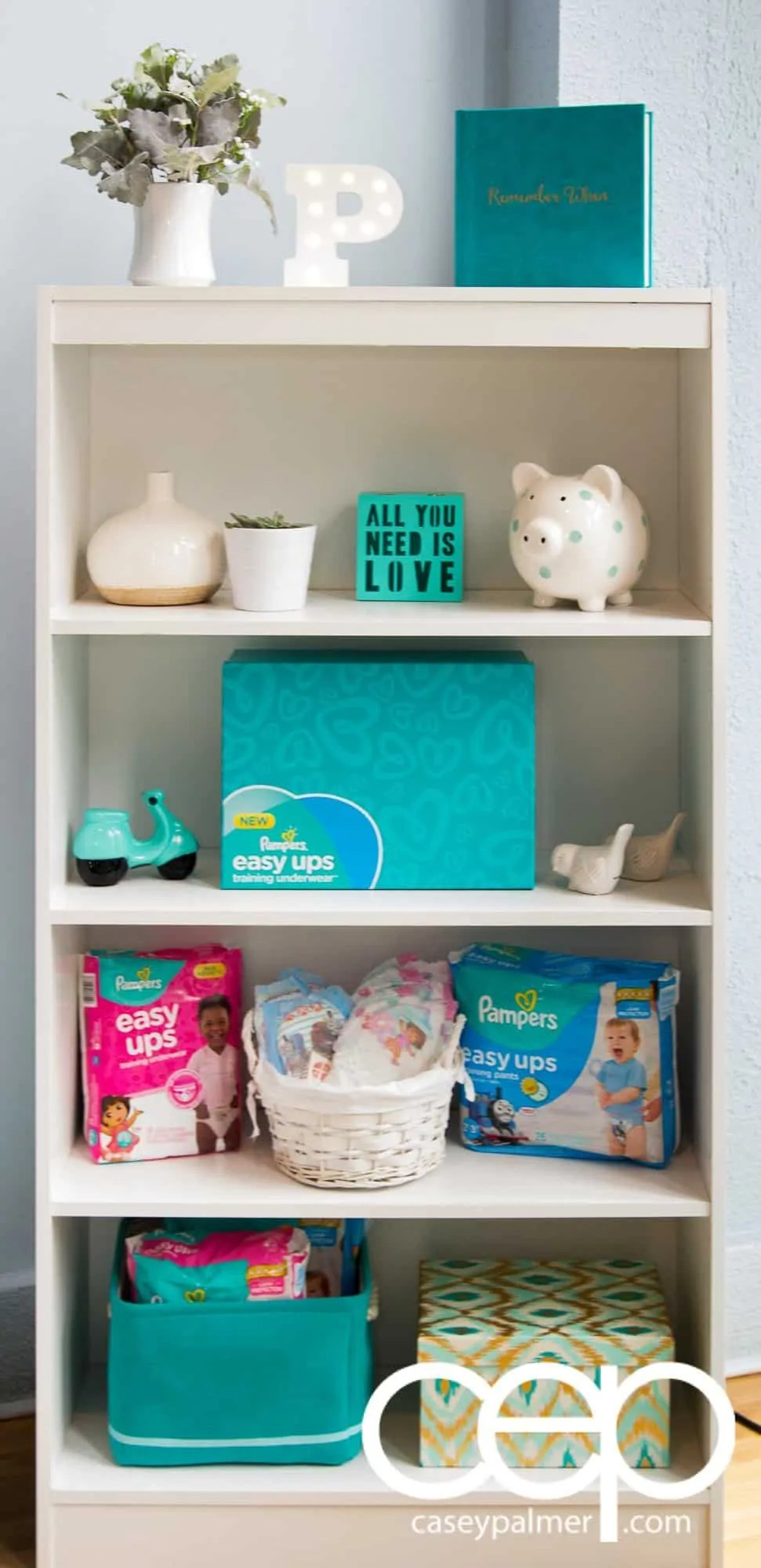 Level Ups with Pampers Easy Ups — Getting Aware of the Better Way to Underwear! — Bookshelf with Props for the Photo Station