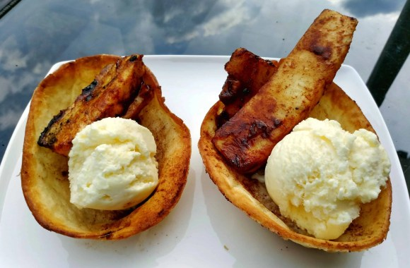 Old El Paso Let's Taco 'Bout It, Chapter Five—Of Sweet Treats, Toddlers and Tortilla Bowls.—Cinnamon Sugar Tortilla Bowls and Grilled Pineapple Sundaes
