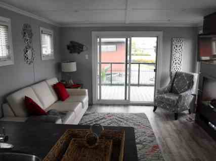 Make Vacay Matter More with Stays at Sherkston Shores! — Luxury Black Diamond Lakefront Rental Cottage Interior