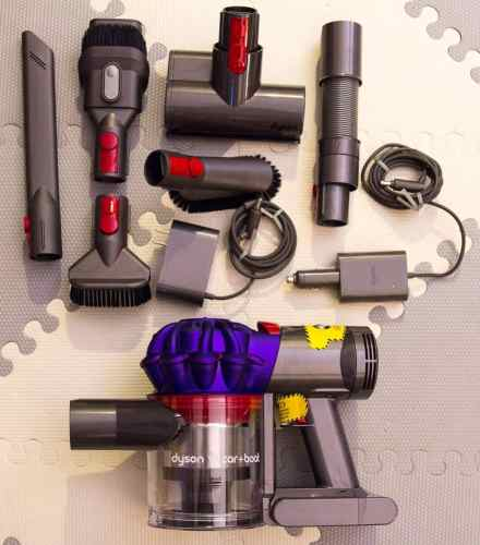 Cleaning Seats, Vents and Well-Worn Floors with the Dyson v7 Car+Boat! — What's in the Box