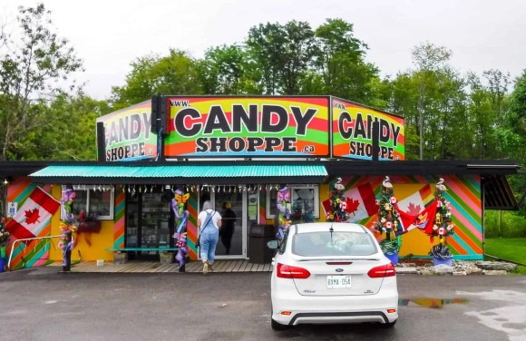 It's a Ford. #FordSummer. (Checking out the Ford Canada SUV Line in Muskoka!)—The Candy Shoppe