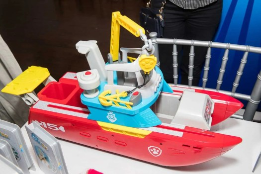 The Casey Palmer, Canadian Dad Christmas Gift Guide for... Kids! — Spin Master — PAW Patrol Sea Patroller