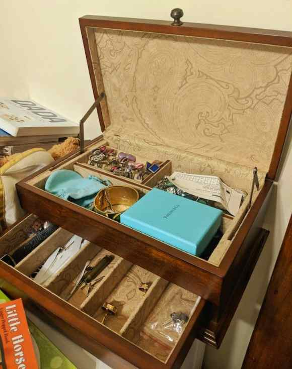 The 2017 100 — 31 Successes. — Bombay Jewellery Box 2006