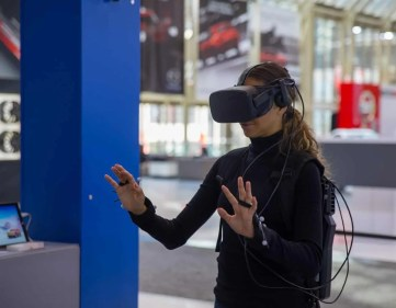 Leave All the Tongues Wagging with a Shiny Volkswagen! — Natalie Preddie Zamojc Trying the VW Virtual Reality Experience