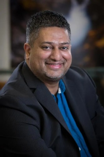 Chatting with Casey 0008 — We Are the Sum of Our Experiences — Ricky Shetty Head Shot