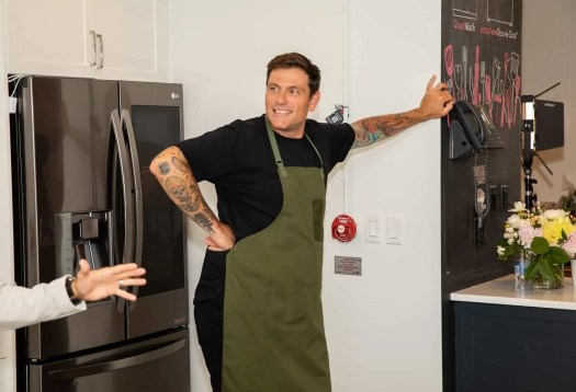 Making Kitchen Chores a BREEZE with the Power of LG! — Chef Chuck Hughes Ready to Go!