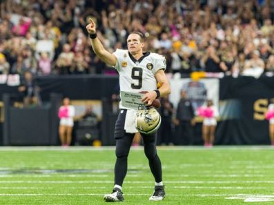 Brees Sets Record