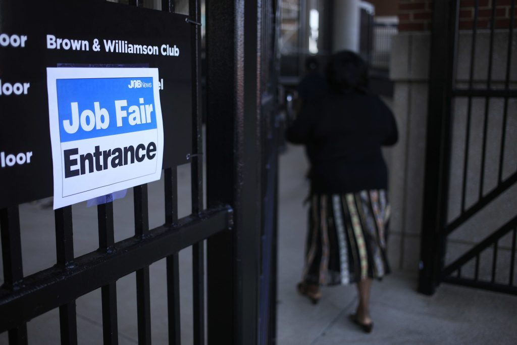 106919598 1627656484694 gettyimages 1233616828 JOBLESS CLAIMS scaled