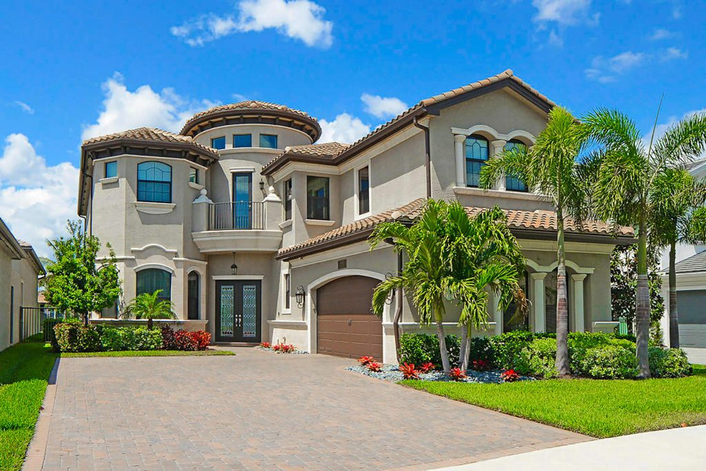 106949423 1632924149101 gettyimages 1281180946 beautifulhouse 2 scaled
