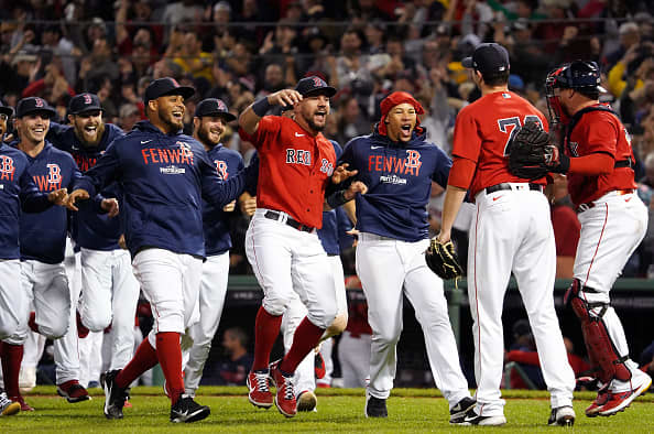 106953140 1633523977897 gettyimages 1235720422 chin100521redsox yankeeswildcard spt25