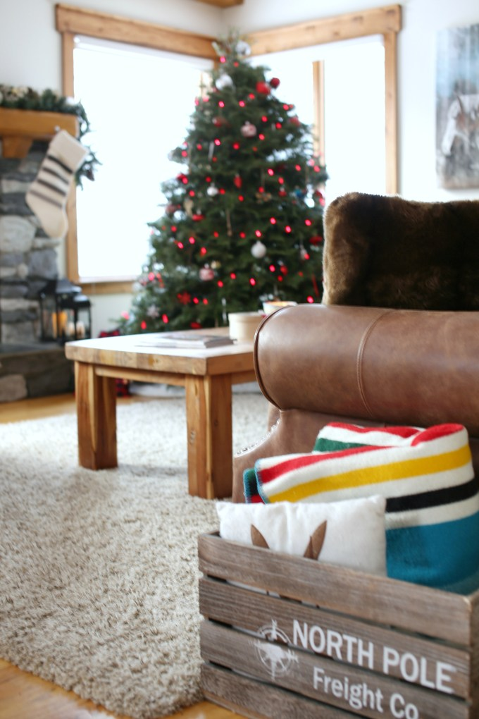 Holiday Living Room Decor