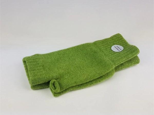 product image of cashmere wrist warmers in fern green - cashmereglovesandscarves.co.uk