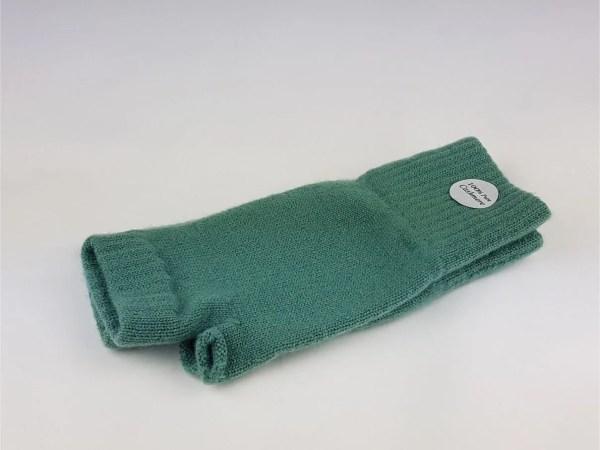 product image of cashmere wrist warmers in mint green - cashmereglovesandscarves.co.uk