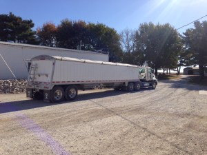 Off goes Bill in the Vision with another load of soybeans bound for Newburgh