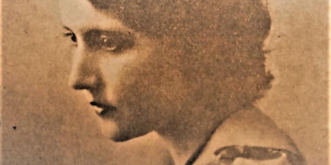 Mujeres de el Salvador III_ Claudia Lars, llorar y escribir_ Casi literal
