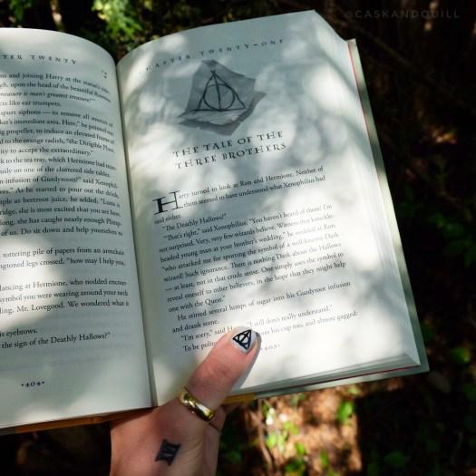 Harry Potter Deathly Hallows Nail Art