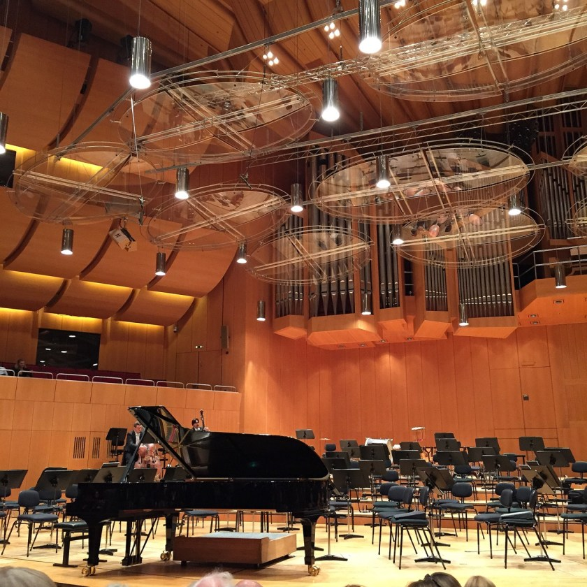 Häufig ziemlich schräg: Die Philharmonie im Gasteig. ©casowi