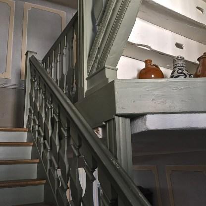 Bietet Stauraum: Das Treppenhaus (© casowi)