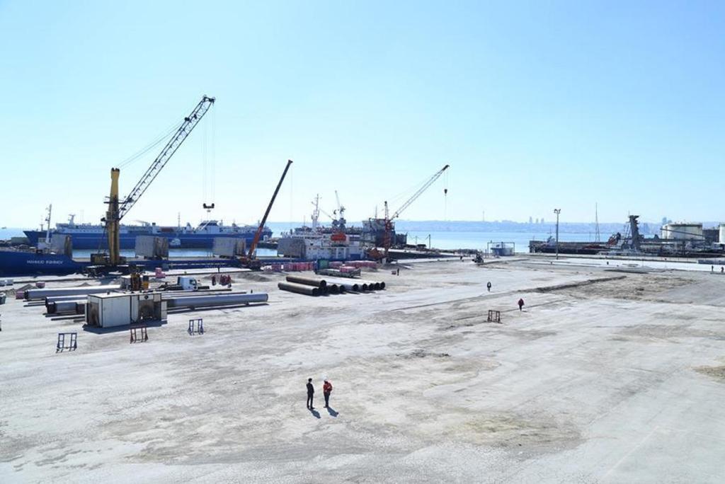 В Азербайджане создается новый транспортно-логистический центр