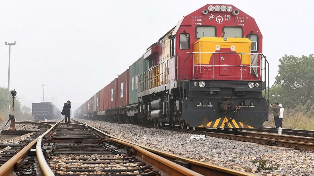 Китай и Иран налаживают контейнерные грузоперевозки через казахстанские порты