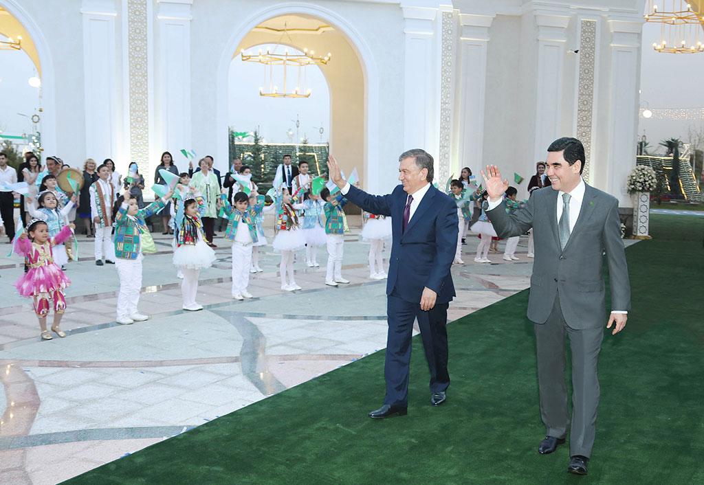 Итоги государственного визита Президента Туркмении в Узбекистан — двоякое впечатление