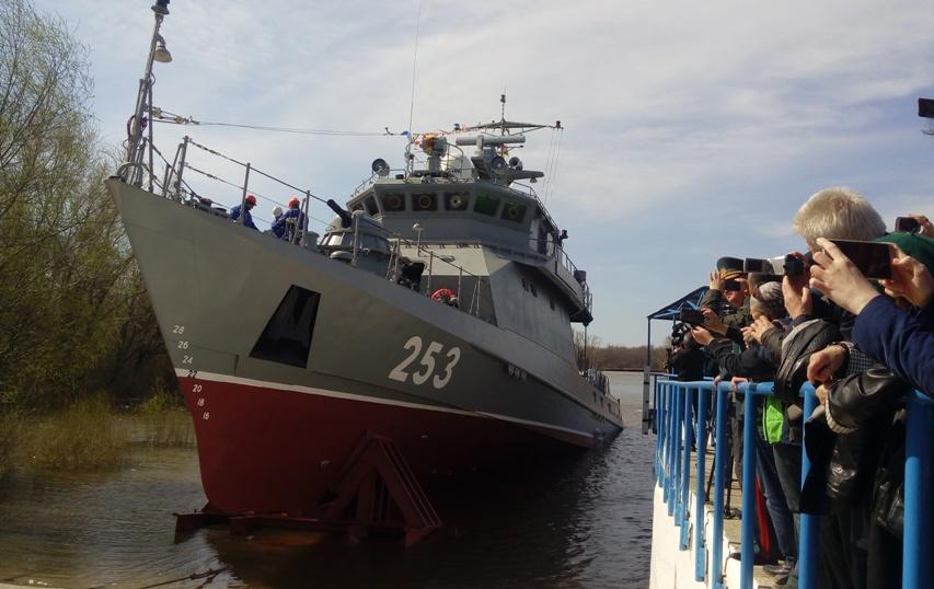 В Казахстане рассказали о работе ведущего предприятия по производству боевых кораблей на Каспии