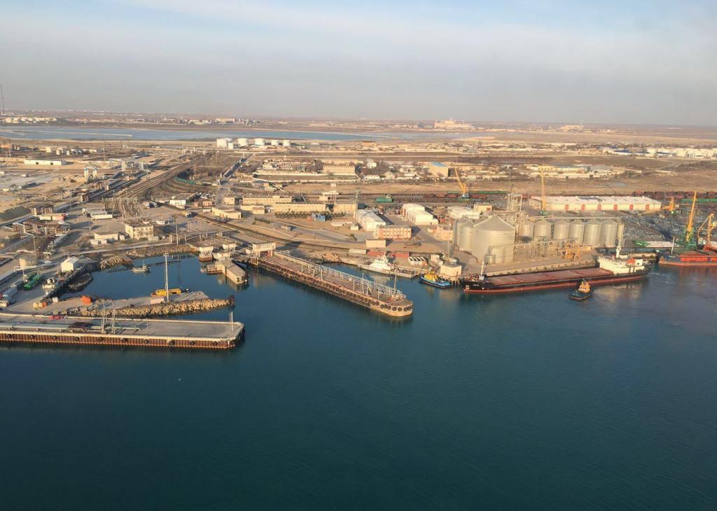 Попытки найти грузы для порта Актау