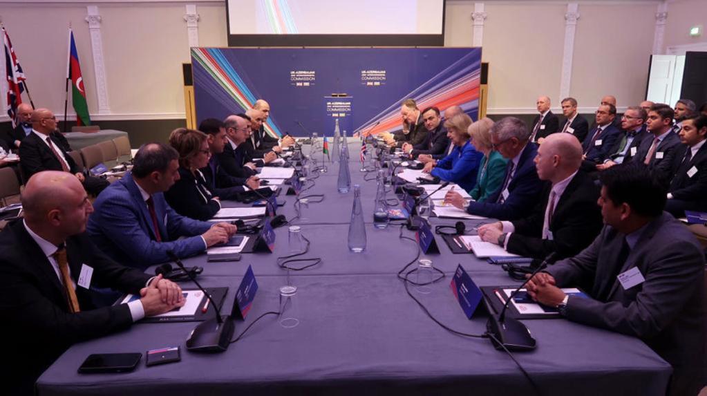 В Лондоне состоялся энергетический форум Азербайджан-Великобритания