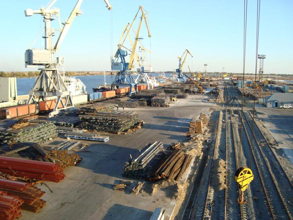 Проект портовой ОЭЗ в Астрахани планируют реализовать в несколько этапов до 2024 года