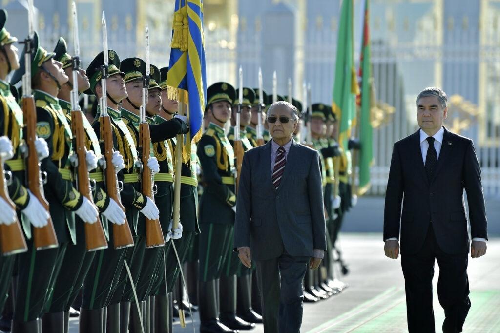 Туркменистан хочет прорубить окно в Европу