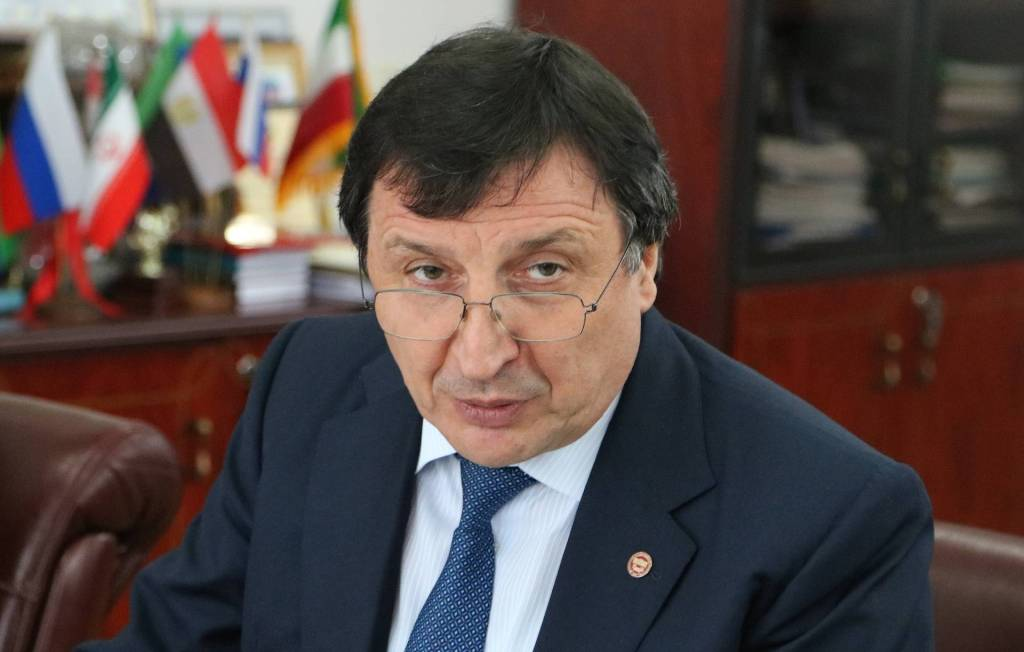 Ректор ДГУ рассказал о «каспийских» планах госуниверситета
