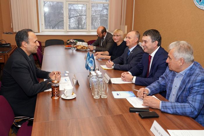Ученые России и Ирана будут совместно изучать Каспий