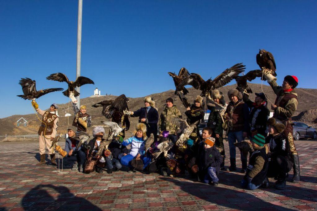 Охота с ловчими птицами в прикаспийском Казахстане: возвращаясь к истокам