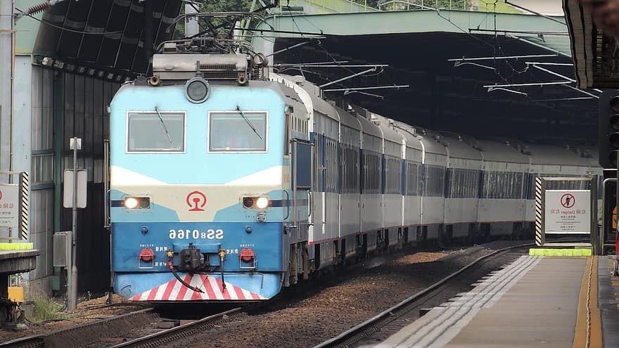 Китай налаживает железнодорожные маршруты в прикаспийские страны