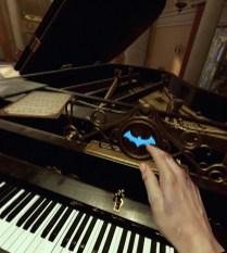 hop, un petit clic sur le piano et direction la Batcave !