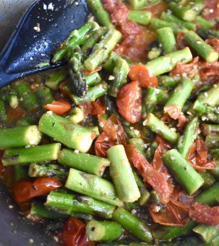 sauteed tomato and asparagus