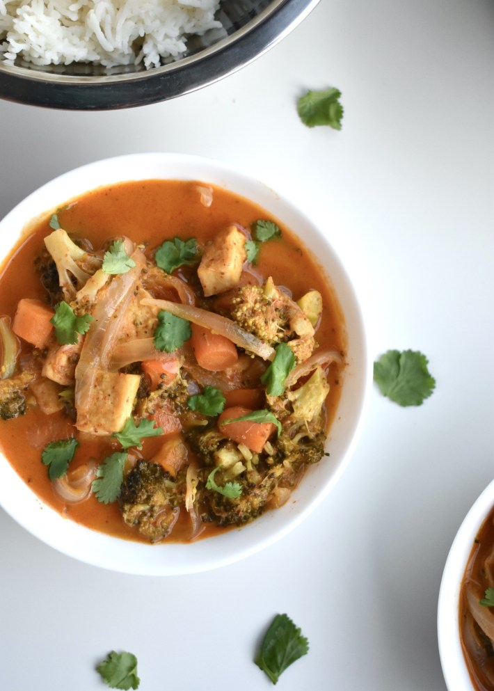 vegan pangang curry with tofu and mixed vegetables