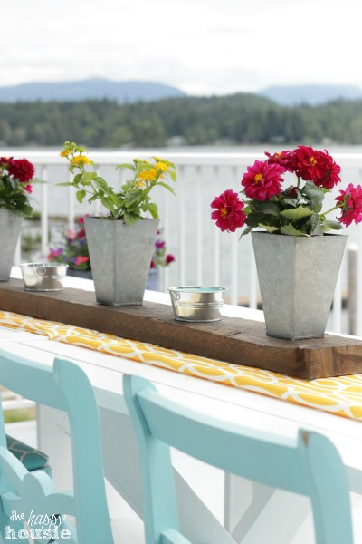 The Happy Housie Home Tour for Primitive and Proper Deck 1