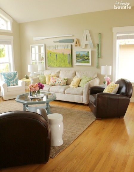 The Happy Housie Home Tour for Primitive and Proper Living Room 1