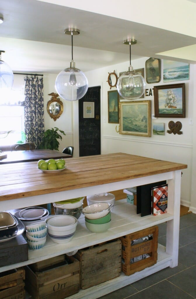 kitchen island, open to dining room
