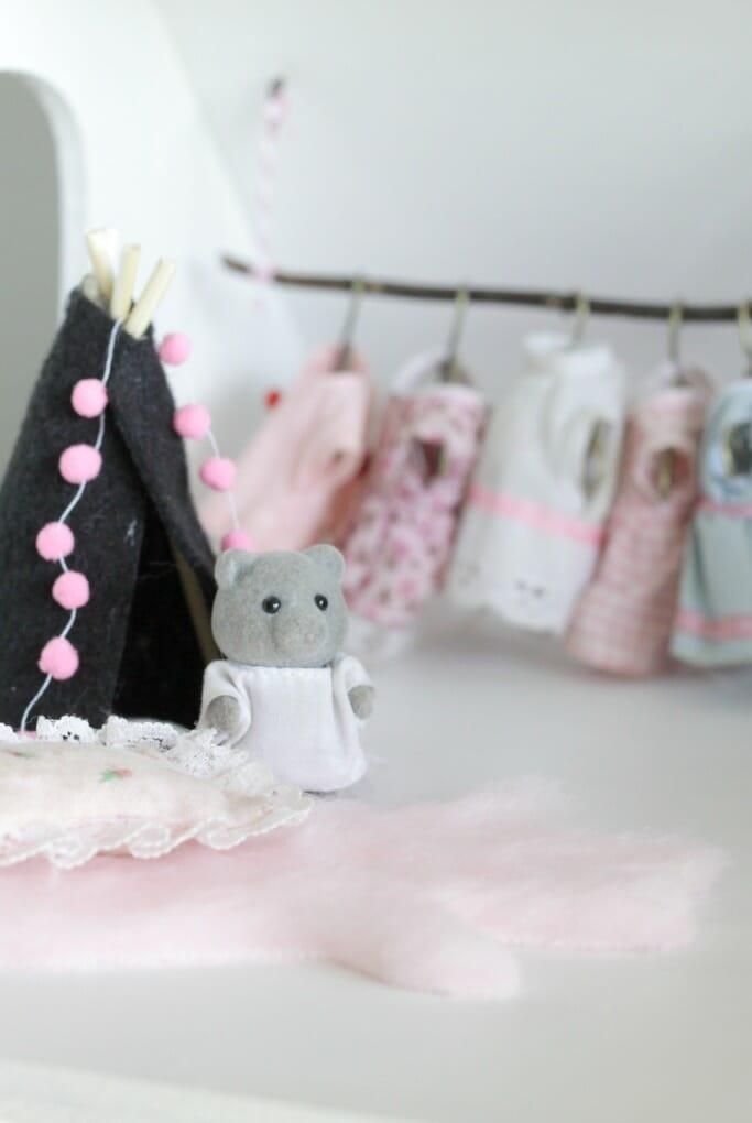 DIY dollhouse teepee